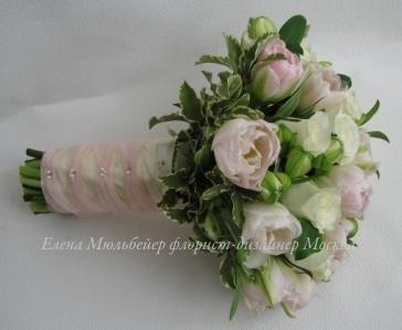 Букет невесты из нежно розовых